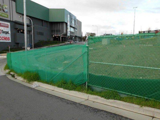 construction green shade fence