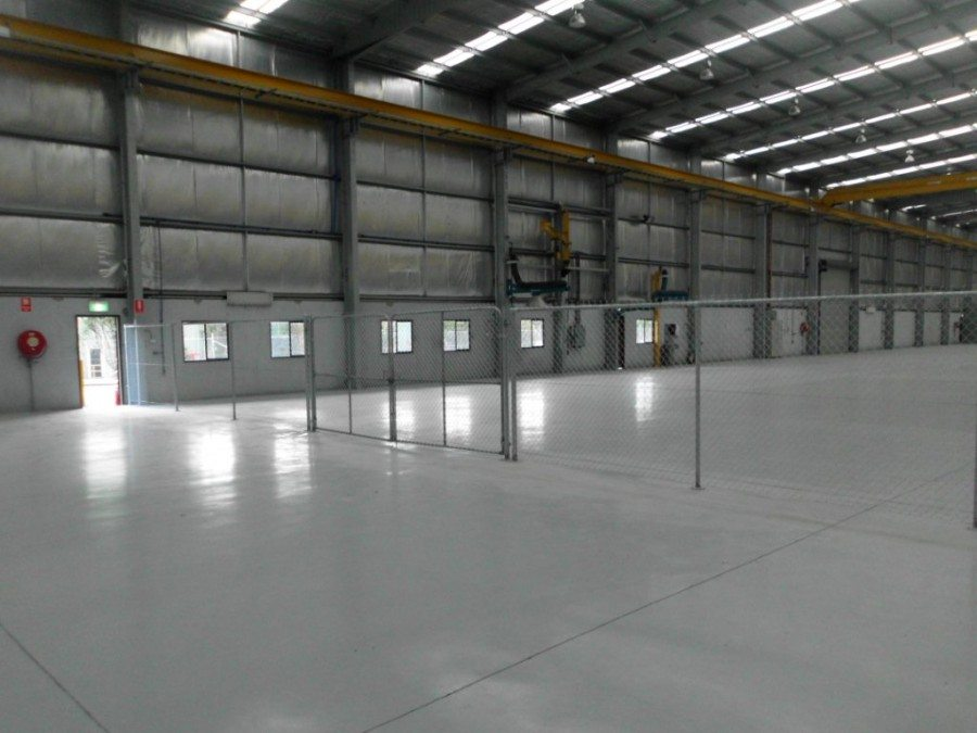 Internal chainwire fencing with lockable partitions - Chainwire Fencing Newcastle