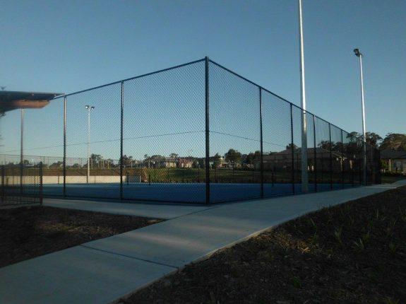 Chainwire fence around a tennis court