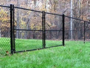 black-chain-link-fence-2.158111151_large